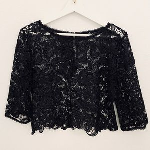 NEW Cropped Lace 3/4 Sleeve Top, Black
